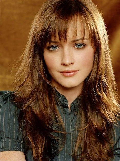 brown hair with bangs hair style
