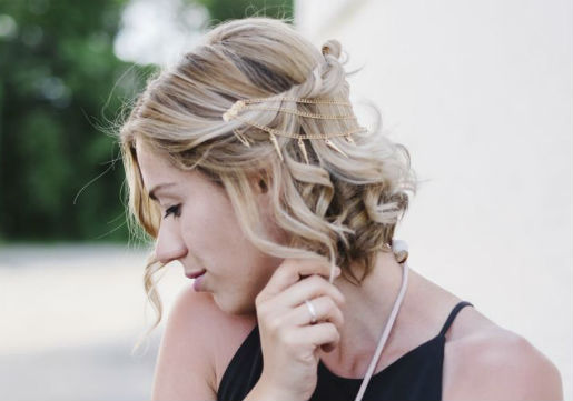 wavy long bob with hair accessory