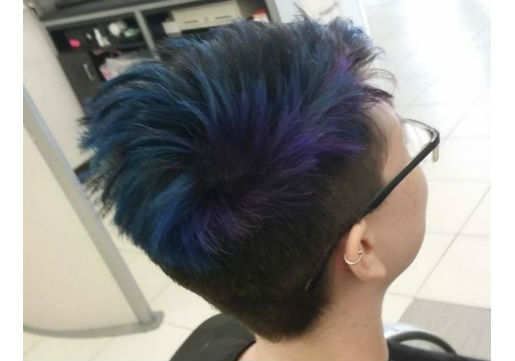 vivid haircolor in dark blue