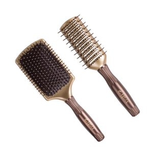 paddle brushes at hair cuttery