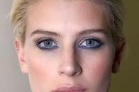 Blonde model with spring savvyaspring savvy hair